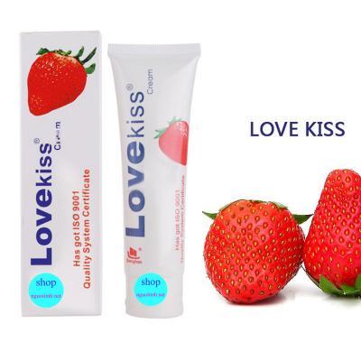 Gel bôi trơn hương dâu cao cấp Love Kiss